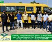 Entrega de Ônibus Escolar para a Secretaria de Educação